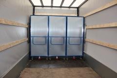 Schrankwagen mit Flügeltüren u. Hebelgriff