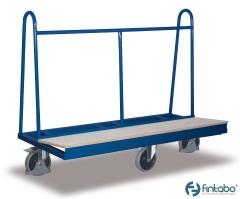Plattenwagen mit rhombische Räderanordnung